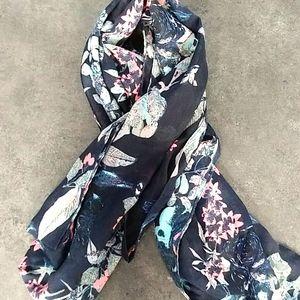 Elise Navy Floral  Scarf